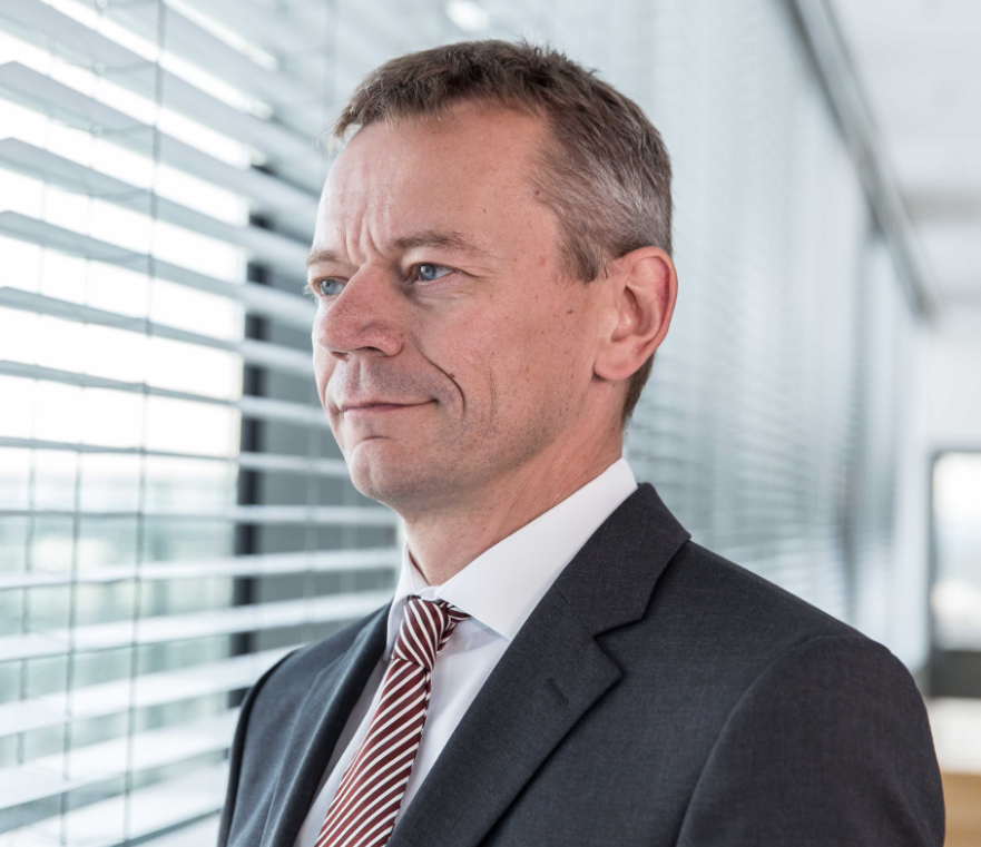 Falco Schöning, Zentralbereichsleiter Kredite der Commerzbank